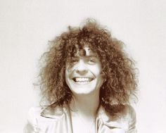 This page is dedicated to Marc Bolan. I have over 5000 pictures and will make this site to the biggest picture collection of all time! KEEP A LITTLE MARC IN YOUR HEART! Glam Rock Bands, Electric Warrior, Marc Bolan, Lucky Luke, Lovely Smile, T Rex, Basement, Teenage Dream, Beautiful