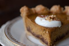 Spice-kissed Pumpkin Pie - Favorite, easy pumpkin pie recipe. Made from a rich, roasted pumpkin and coconut milk base, and baked in a hazelnut-lined crust.