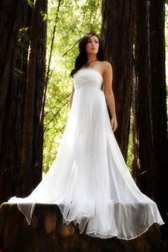 LOVE the chiffon flowy white dress..its so...magical
