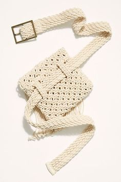 Slide View Beach Flower Belt Bag Source by cakorstad bags Crochet Belt, Bead Crochet, Crochet Stitch, Macrame Bag, Macrame Knots, Macrame Mirror, Macrame Curtain, Flower Belt, Macrame Design