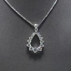Liontin emas 💎 berlian Mode Bulat Ikat. (Harga Cuci Gudang)  Toko Perhiasan Emas Berlian-MJ,Jakarta +628118455779/DC9E309C Cp.Tri. #emas #berlian #investasi #fashion