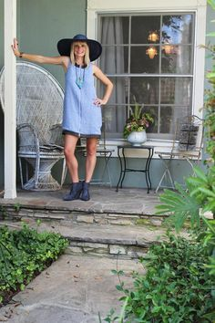 Brenna's Farewell to Her Single Girl Home House Tour
