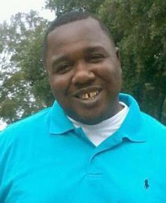 New Video Shows Alton Sterling Wasn't Holding A Gun When He Was Killed By Police in Baton Rouge