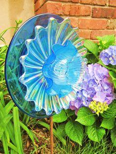 Plate Flower Yard Art   Glass plate flower, art glass, yard art.garden glass art, clear ...
