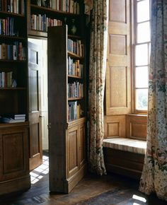 New Home Library Interior Secret Rooms 43 Ideas Library Bedroom, Home Library Rooms, Home Libraries, Hidden Spaces, Hidden Rooms, English Country Decor, Country Life, Secret Rooms, English Style