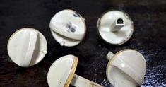 Tato věc vytáhne mastnotu a nečistoty dokonce i z knoflíků na troubě: 15 minut a bude jako nová – funguje i na mřížky a hořáky! – Domaci Tipy Nova, Stud Earrings, Jewelry, Tatoo, Jewlery, Jewerly, Stud Earring, Schmuck, Jewels