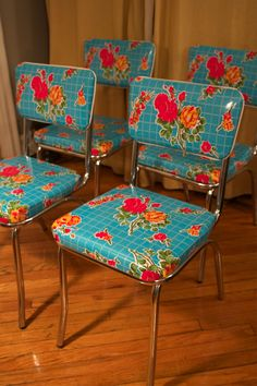 Gorgeous oilcloth-covered kitchen chairs.