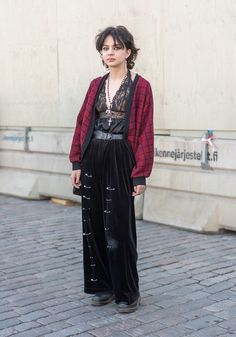 Crazy Outfits, Pretty Outfits, Cool Outfits, Fashion Outfits, Street Style Blog, Looks Street Style, Weird Fashion, Dark Fashion, Alternative Outfits