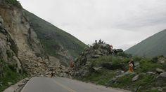 Derrumbe por lluvias bloquea carretera en Chanchamayo