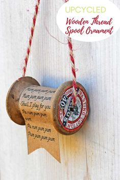 Favourite Christmas Song - Create a personal Christmas decoration. Use the lyrics of your favourite Christmas song to make a charming vintage wooden thread spool ornament. Diy Christmas Ornaments, Homemade Christmas, Rustic Christmas, Christmas Projects, Holiday Crafts, Christmas Decorations, Xmas, Christmas Mantles, Ornaments Ideas