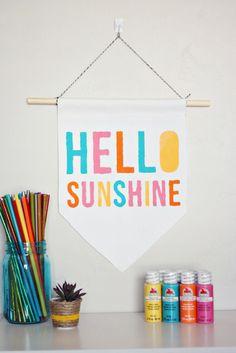 The Pretty Life Girls: PLG DIY: Stenciled Spring Banners, Hello Sunshine! Diy Crafts Quick, Diy Crafts Videos, Creative Crafts, Teacher Valentine, Valentines For Kids, Stencil Diy, Stencils, Spring Banner, Diy Crafts For Teen Girls
