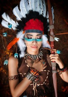 Make up für Karneval/Halloween Native American Headdress, Native American Beauty, Native American Indians, American Indian Costume, Indian Costumes, Halloween Party Costumes, Carnival Costumes, Indian Makeup Halloween, Indian Headpiece