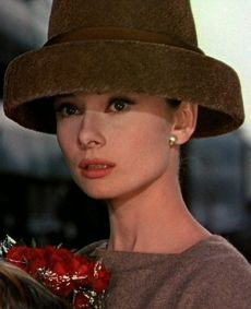 Audrey-in-Funny Face -beautiful & classy