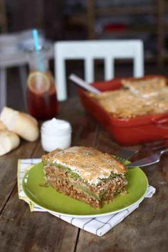 Rakott kel - a magyarok lasagne-ja Bologna, Salmon Burgers, Meat Recipes, Cooking, Ethnic Recipes, Kitchen, Street, Food, Lasagna
