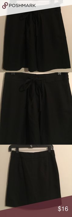 Gap Black Skirt Size 0 New/Never Worn Gap Black Skirt Size 0 New/Never Worn GAP Skirts