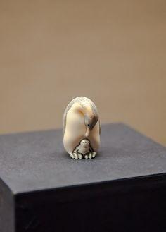 Japanese penquin netsuke