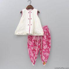 Pakistani Kids Dresses, Indian Dresses For Kids, Kids Indian Wear, Kids Ethnic Wear, Dance Dresses For Kids, Stylish Dresses For Girls, Dresses Kids Girl, Baby Girl Frock Design, Baby Girl Frocks