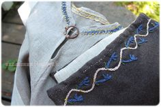 Child's tunic and headcovering with acanthus-leaf embroidery