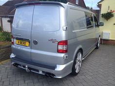 This is a picture of how it's ended up - New wing mirrors and new set of put on today. Fancied a change of wheels having had these last ones on the van. Volkswagen Transporter, Vw T5 Campervan, Vw T4, Vw Transporter Sportline, Vw T5 Caravelle, Vw T5 Forum, Custom Car Interior, Cool Campers, Busse