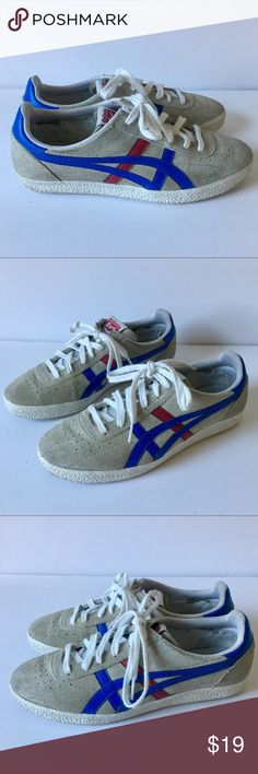 Onitsuka Tiger Grey Suede Shoes Sz 40 Onitsuka Moscow Grey Tiger Suede Shoes. Preowned but still look great! No box. Please refer to size chart for shoe size. Thank You. Men's 7= Women's 9 Thank You! Onitsuka Tiger by Asics Shoes Sneakers