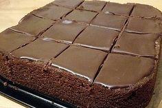 Chocolate cake like in McCafe - Kuchen, Torten, Backrezepte - Cake Recipes Chocolate Low Carb, Best Chocolate, Chocolate Recipes, Cake Chocolate, Easy Cake Recipes, Baking Recipes, Cookie Recipes, Dessert Recipes, Torte Au Chocolat