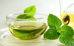 Tisana alla menta, rimedio naturale per tosse e mal di gola - La tisana alla…