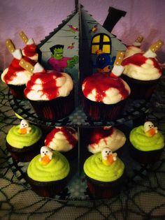 Halloween Party food- cupcake display