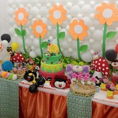 A Primavera é inspiração para uma decoração colorida. Decoração Mesa de Festa - Tema Jardim.