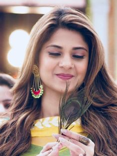 Cute Celebrities, Indian Celebrities, Girls With Nose Rings, Jennifer Winget Beyhadh, Queen Fashion, Artists For Kids, Stylish Girls Photos, Thing 1, Jennifer Love