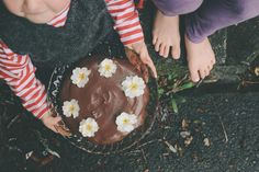 petite kitchen: PEPPERMINT CHOCOLATE BROWNIE CAKE