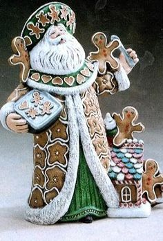 Christmas Time Is Here, Christmas Ornaments To Make, Christmas Gingerbread, Christmas Angels, Christmas Crafts, Vintage Santas, Vintage Christmas, Ceramic Painting, Painted Ceramics