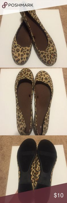Back in Stock! Leopard flats! Size 9, 10, 11❤️ Leopard flats, 3 sizes NWT! Are on the roomier side and very comfortable! Please tell me which size you want and I will create a separate listing for you! Shoes Flats & Loafers