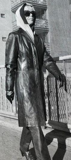Vintage Leather, Leather Pants, Batman, Superhero, Fictional Characters, Women, Art, Fashion, Moda