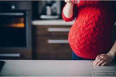 Znalezione obrazy dla zapytania sesja ciążowa w domu
