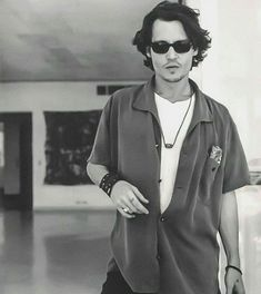 Johnny Depp Pictures, Young Johnny Depp, Jonny Deep, Favorite Person, American Actors, Beautiful Boys, Rock And Roll, Hot Guys, Daddy