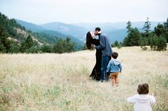 Simply Suzy Photography, Denver Family Photographer, Colorado Family Photographer, Family Pictures in Denver, Colorado Family Pictures, Family Picture Poses, Family Picture Idase