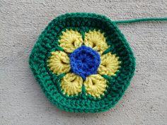 African flower crochet hexagon brazil flag, crochetbug, crochet soccer ball, 2014 world cup, crochet flower