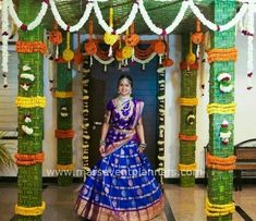 Desi Wedding Decor, Wedding Hall Decorations, Marriage Decoration, Wedding Mandap, Garland Wedding, Wedding Dresses, Half Saree Function, Indian Wedding Stage, Half Saree Designs