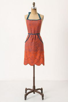 Lacy Jacquard Apron: Show this to my husband, tell him to get it for me, and I'll bake more often...