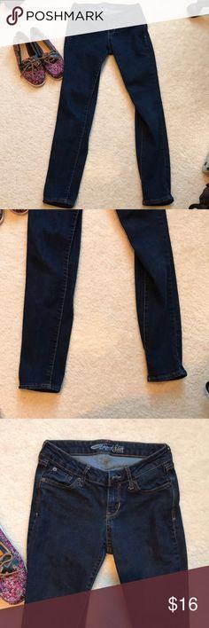 Old navy Rockstar Skinny Jeans size 2 Blue Blue jeans from old navy  Skinny Rockstar 2 R No wear 💙 Old Navy Jeans Skinny