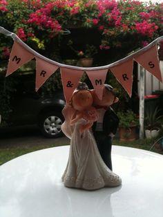 Wedding cake bunting Wedding Cake Bunting, Wedding Cakes, Hats, Hat, Wedding Pie Table, Cake Wedding, Wedding Cake, Hipster Hat, Wedding Pies