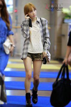 Official Korean Fashion Blog: snsd taeyeon