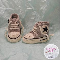 Items similar to Crochet baby booties style CONVERSE AllStar-pure wool-slippers-slippers-birth christening gift-made to order on Etsy Crochet Sandals, Crochet Baby Shoes, Baby Blanket Crochet, Crochet Vest Pattern, Baby Knitting Patterns, Loom Knitting, Pink Sandals, Bootie Sandals, Baby Tennis Shoes