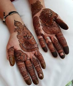 Dulhan Mehndi Designs, Mehndi Designs Finger, Henna Hand Designs, Full Hand Mehndi Designs, Stylish Mehndi Designs, Mehndi Designs For Girls, Wedding Mehndi Designs, Mehndi Designs For Fingers, Mehndi Design Images