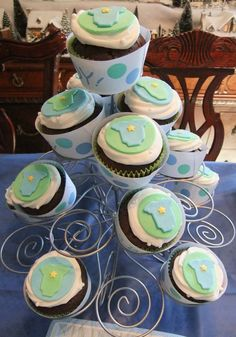 c cakes: Boy Baby Shower cupcakes