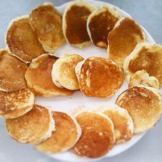 JeanneDôme: Chez Jeanne - Pancakes- Οι πιο αφράτες τηγανίτες Pancakes, Sweets, Breakfast, Recipes, Food, Morning Coffee, Gummi Candy, Candy, Recipies