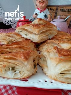 Spanakopita, Cabbage, Vegetables, Ethnic Recipes, Kitchen, Food, Herbs, Cooking, Vegetable Recipes
