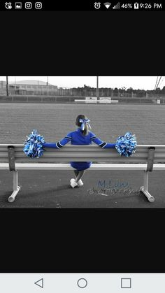 this cheer pose M. Lyns PhotographyLove this cheer pose M. Cheerleading Senior Pictures, Cheer Team Pictures, Girl Senior Pictures, Senior Pics, Senior Year, Volleyball Pictures, Softball Pictures, School Pictures, Cheer Picture Poses