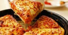 Απόλαυσε την πιο νόστιμη σπιτική πίτσα σε 15′! Μικροί και μεγάλοι τρελαινόμαστε για πίτσα! Συνήθως, όμως, η ζύμη είναι φτιαγμένη με αυγά και πολύ λάδι κι έ