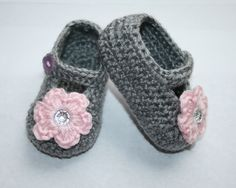 Crochet Gray and Pink Baby Booties Mary Janes by tweetotshop, $20.00